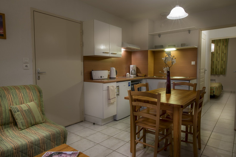 Domaine du Green - comfortable apartment with an equipped kitchennette with dish-washer